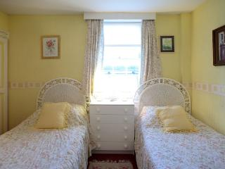 Beachcomber Guesthouse Twin En-Suite Room, Weymouth