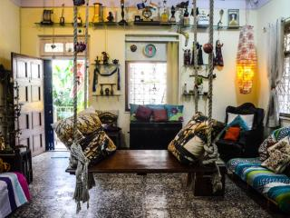 Boutique Bombay Home