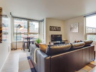 South Lake Union dog-friendly condo w/ rooftop deck & fitness center!, Seattle