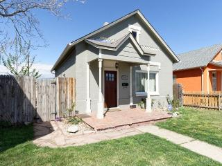 Charming RiNo Bungalow, Denver