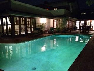 Corona Del Mar Oasis! Enjoy a Private Pool, Spa & Home in the heart of CDM