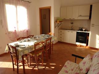 Villa Amalfi 2 a 500 metri dal mare con posto auto, Marina di Mancaversa