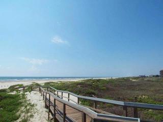 Ready for your DREAM Vacation?  In-Town on Beach, Port Aransas