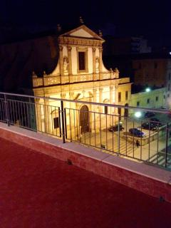 Chiesa Madonna dei rimedi, vista da casa, di notte.