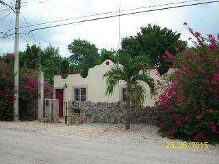 Charming, 2 Bedroom House in Magical Izamal, Yuc.