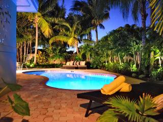 Tropical Paradise on the Barrier Island, Lauderdale by the Sea