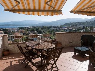 Pietragrande: una terrazza sull'infinito, Montepaone
