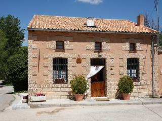Casa rural LA VIEJA OLMA****, Pesquera de Duero