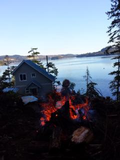 Relax around the campfire.  Soak in the wood fired hotub,snorkel or dive of the dock.