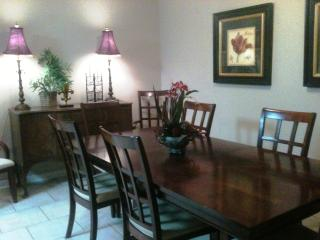 4 BR Townhouse in Very Desirable Area - Shreveport