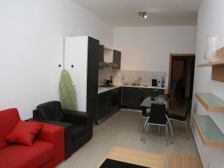 Apartment , just few minutes away from Beach, Il Gzira