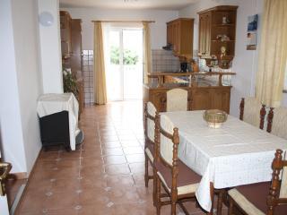 3bedroom Apartment Sandra for 6 people on island Rab