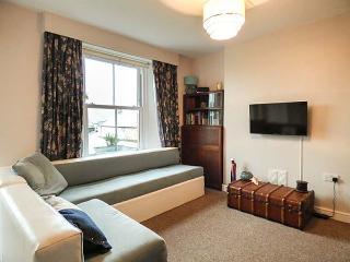 PRIMROSE COTTAGE, fantastic base, ground floor bedroom, lawned garden, Lostwithiel, Ref 923965