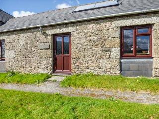 BADGERS SETT, all ground floor, countryside location, shared lawned garden, Lanivet, Ref 936829