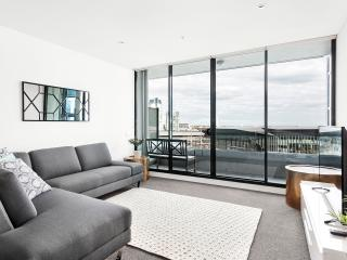 Waterfront Apartments Melbourne 3bedroom luxury-2