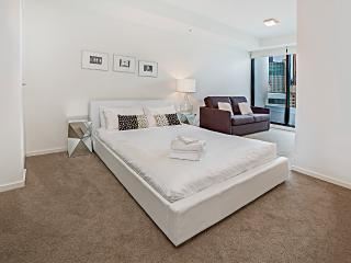Waterfront Apartments Melbourne 2 bedroom luxury3