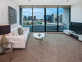 Waterfront Apartments Melbourne 2 bedroom luxury-5