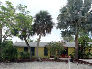 POINCIANA with heated pool, Fort Myers Beach