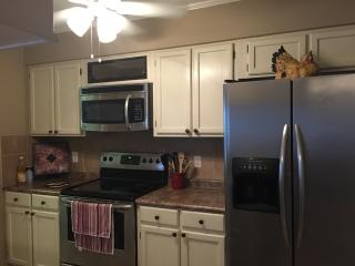 3 BR Townhouse in Great Shreveport Location