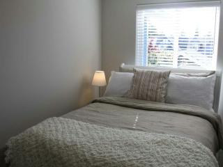 brand new furniture first Rent ocean view, Sidney
