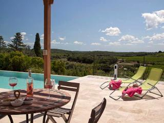 Villa with infinity pool and views South France, Faugeres (Ref: 828), Narbonne