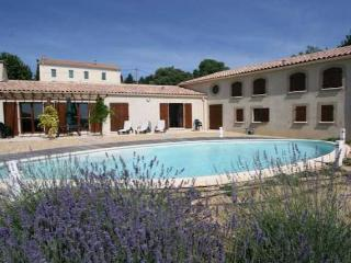 Villa Alarelle, Carcassonne vacation villa rental Aude with pool (Ref: 88), Montouliers