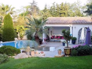 Luxury French villa with pool in Pezenas, Languedoc (sleeps 10) (Ref: 1249), Pézenas