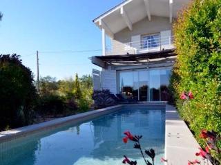 New South France villa near Pezenas sleeps 6 (Ref: 373), Pézenas