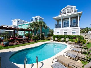 New Photos * Walk 2 Beach * Sleeps 20 * Pool Cntrl, Destin