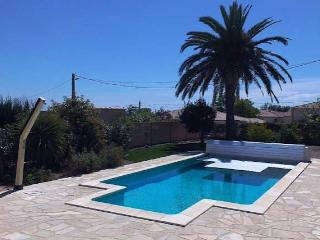 Autignac villa with pool for self catering South of France (Ref: 771), Narbonne