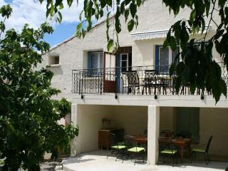 Laurens South France holidays rental pool 6 beds