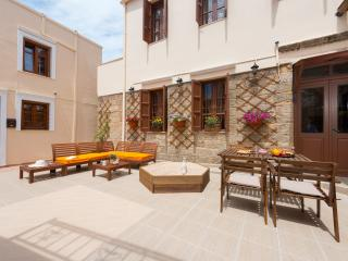 The Neighborhood- Maisonette 2, Rhodes (ville)
