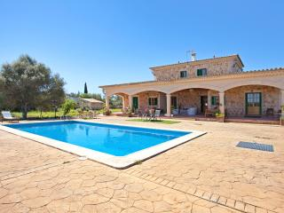Beautiful villa with pool, Sencelles