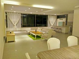 luxurious Apartament Orbanica Carmel, Haifa
