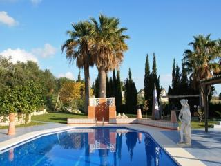 Casa Harriet - Lovely villa with pool and garden, Mijas Pueblo