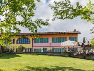 "Romantik Ferienhaus Villa ""Piemonte"", Tigliole"