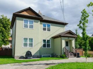 Bell House-B, Vernon