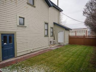 Carew House-4, Vernon