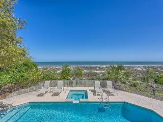 Oceanfront 5 Bedroom Home with Pool, Spa & Ping Pong Table, Hilton Head