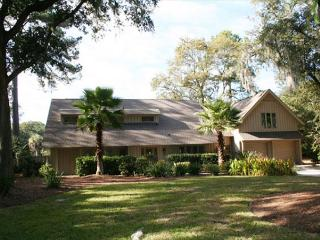 Beautiful Views of Private Pool, Spa, Lagoon & Golf. Pet Friendly Home!, Hilton Head