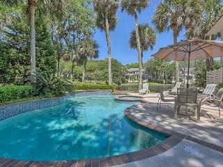 Exquisite Home on 11 Mile Lagoon with Private Pool & Spa + Dock & Canoe, Hilton Head