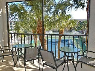 Island-style condo in deluxe riverfront community w/ pools & spas