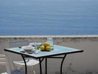 Casa Linda with sea view in Amalfi