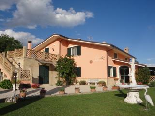 Casa Adriana, Penne