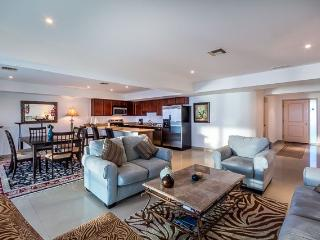 Casa Diane (5D) - Upscale Condominium With Cozumel Convenience