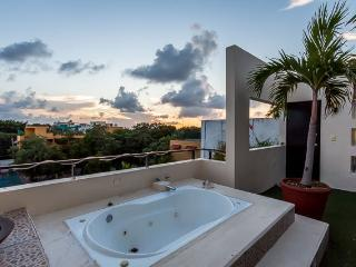 Casa Maya (305) - Views Of The City And The Sea, Playa del Carmen