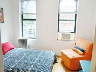 2 Bedroom, for the price of 1 Bedroom, sleep 6, New York