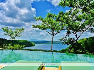 Costa Rica - Christmas & New Years special 10% off