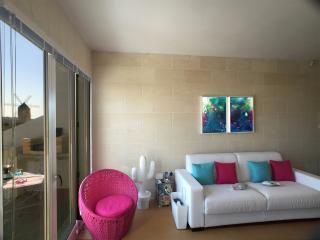 GozoWindmill Hotel&Apartments 2 Bedroom Eight Blue, Qala