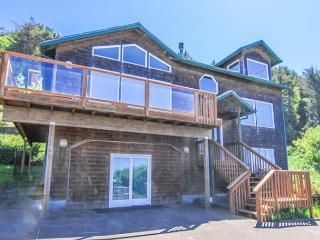 Three-story Ocean-view Packs in the Fun!, Lincoln City